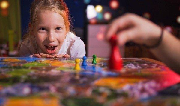 Ailenizle Zaman Geçirebileceğiniz Kutu Oyunu Klasikleri